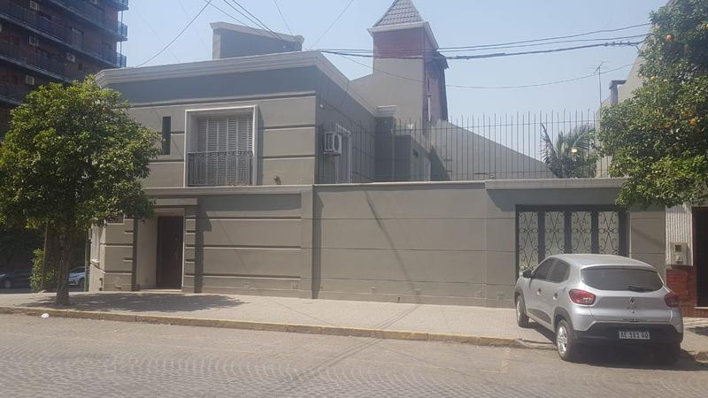 Foto Casa en Venta en  Capital ,  Tucumán  Entre Rios y Bolivar