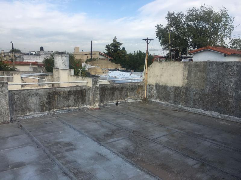 Foto PH en Venta en  Lomas de Zamora Oeste,  Lomas De Zamora  SAENZ al 1200