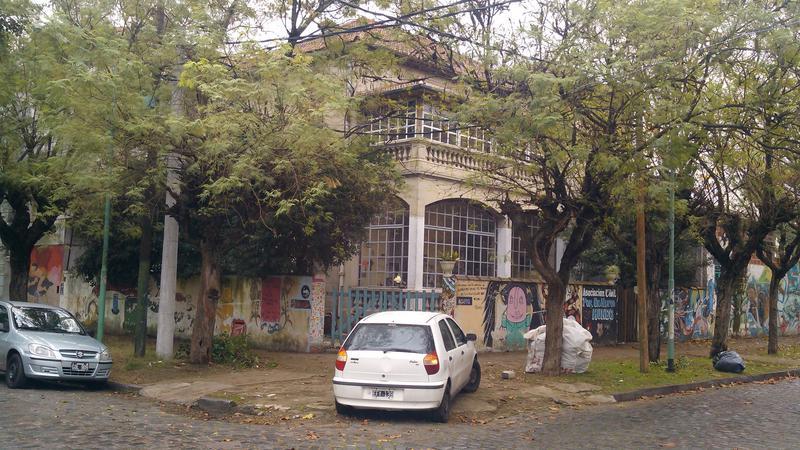 Foto Casa en Alquiler en  Banfield,  Lomas De Zamora  Manuel Castro al 1800