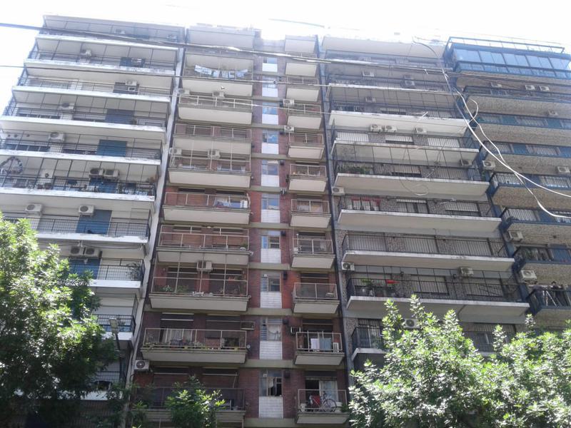 Foto Departamento en Alquiler en  Almagro ,  Capital Federal  Rivadavia Av. al 4000 entre Medrano y Gascón
