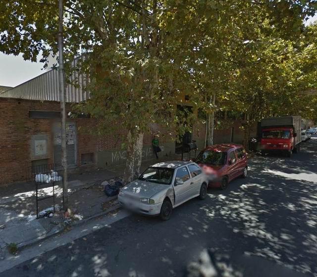 Foto Galpón en Venta | Alquiler en  Avellaneda,  Avellaneda  Intendente Beguiristain 58