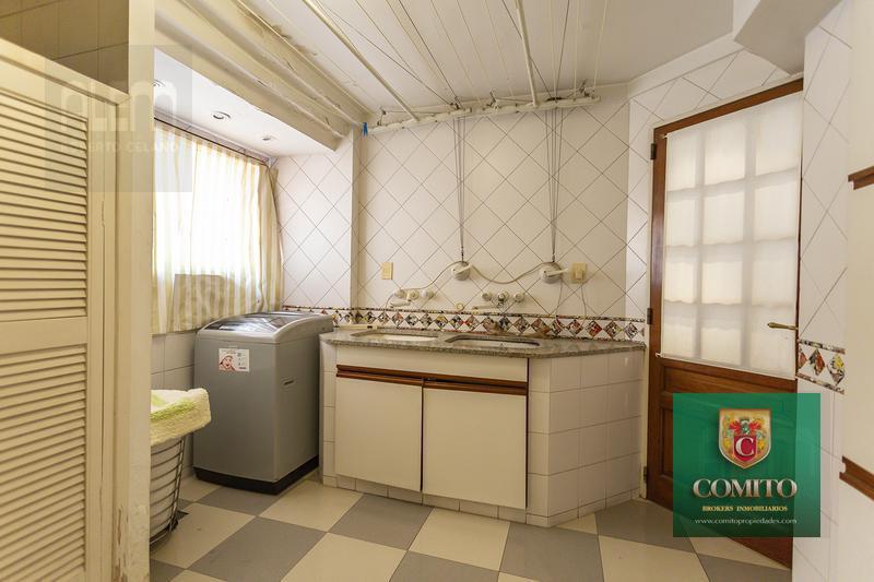 Foto Departamento en Venta en  Lomas de Zamora Oeste,  Lomas De Zamora  Colombres al 300