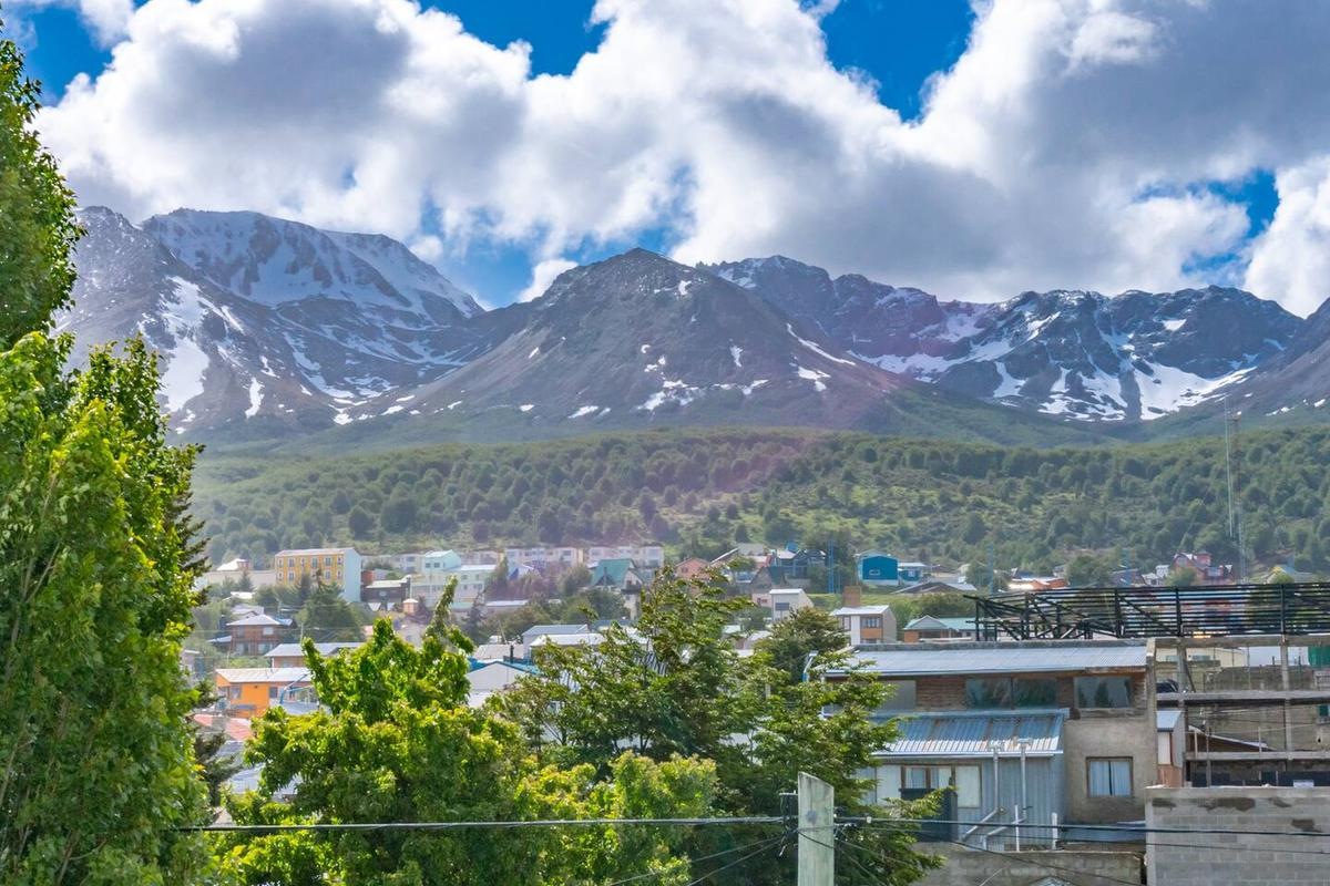 Foto Departamento en Alquiler en  Ushuaia ,  Tierra Del Fuego  Centro