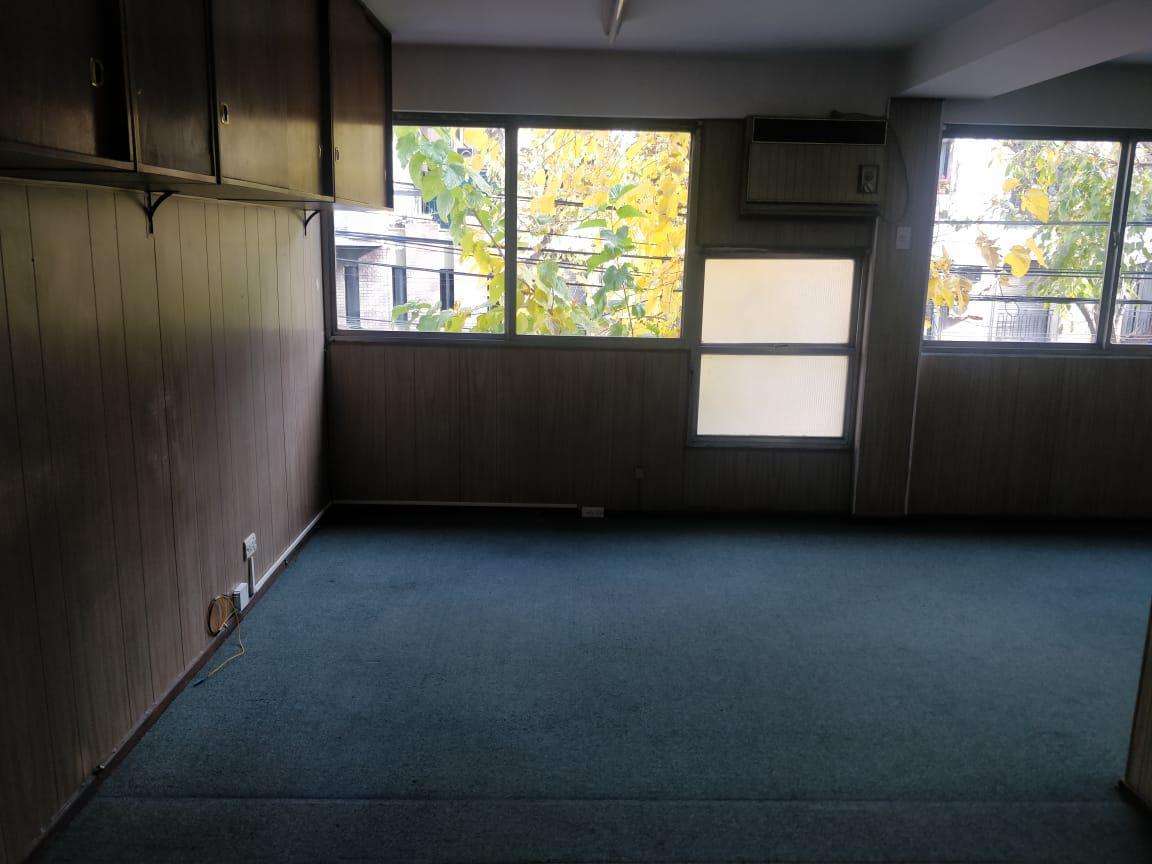 Foto Oficina en Venta | Alquiler en  Capital ,  Mendoza  9 de julio al 1100