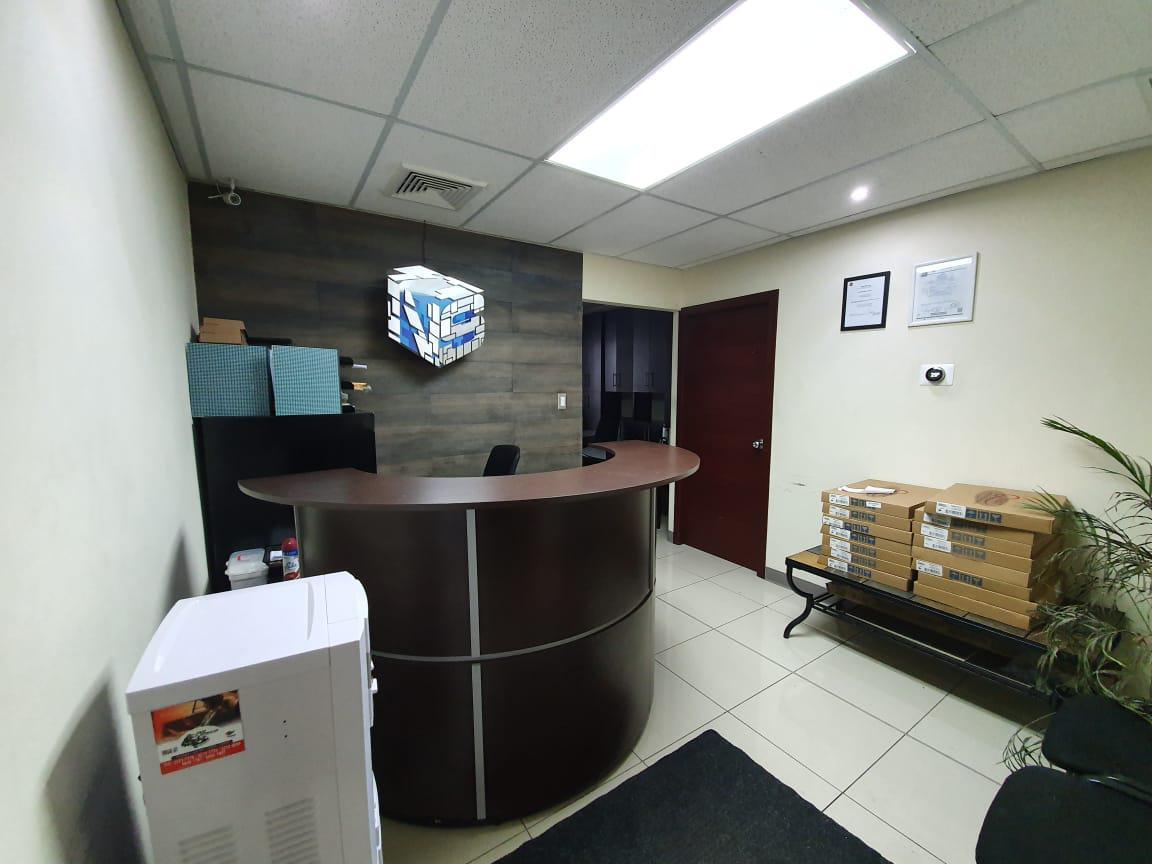 Foto Oficina en Renta en  Boulevard Morazan,  Tegucigalpa  Local para Oficina Piso 8 en Torre Corporativa, Blvd. Morazan, Teg.
