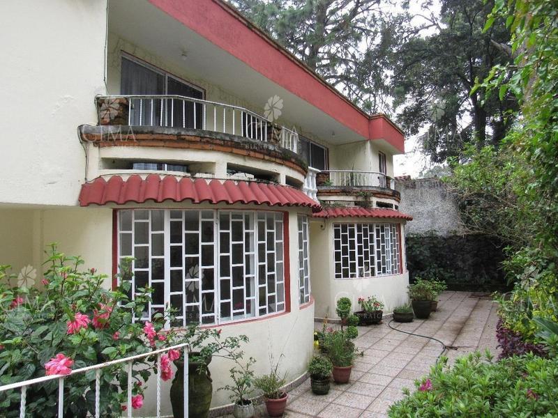 Foto Casa en Venta en  Fraccionamiento Real Monte Casino,  Huitzilac  VENTA CASA AMPLIA EN ZONA NORTE CUERNAVACA - V99