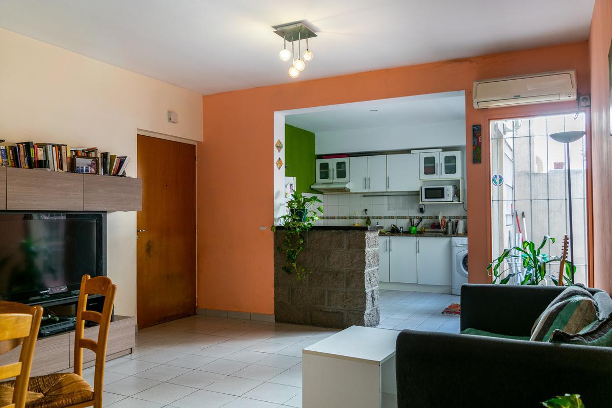Foto PH en Venta en  Villa Urquiza ,  Capital Federal  Nuñez al 6200