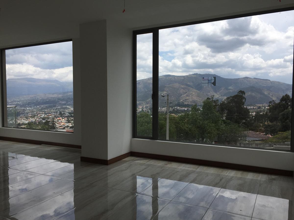 Foto Departamento en Venta en  Cumbayá,  Quito  manuel samaniego y legarda