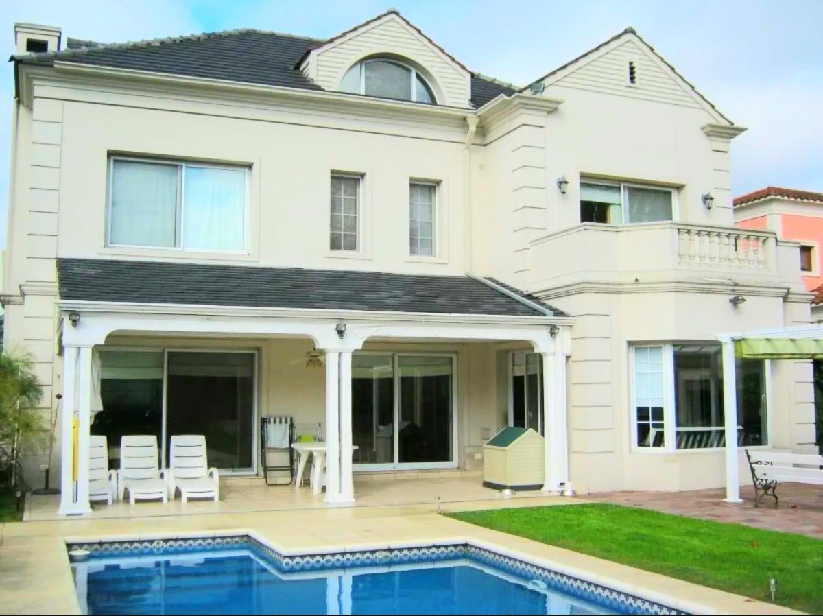Foto Casa en Venta |  en  Tigre ,  G.B.A. Zona Norte  Impecable casa en venta Barrio Privado Villa Pacheco 4 dorm y piscina.