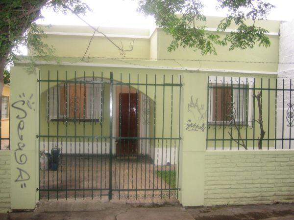 Foto Casa en Alquiler en  Jose Marmol,  Almirante Brown  Mitre al 3200 José Mármol