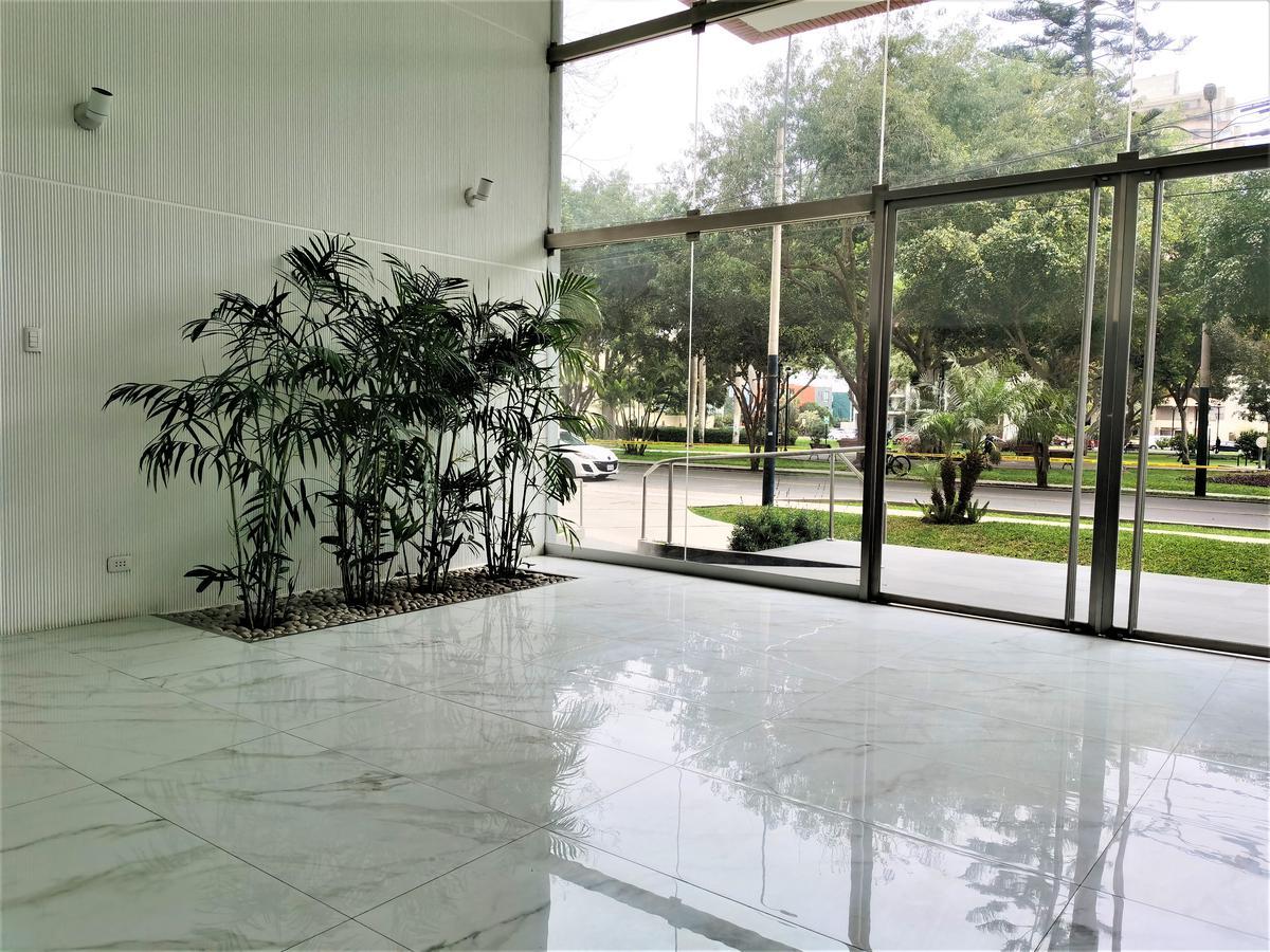 Foto Departamento en Alquiler en  San Isidro,  Lima  Calle Los Eucaliptos 355, San Isidro