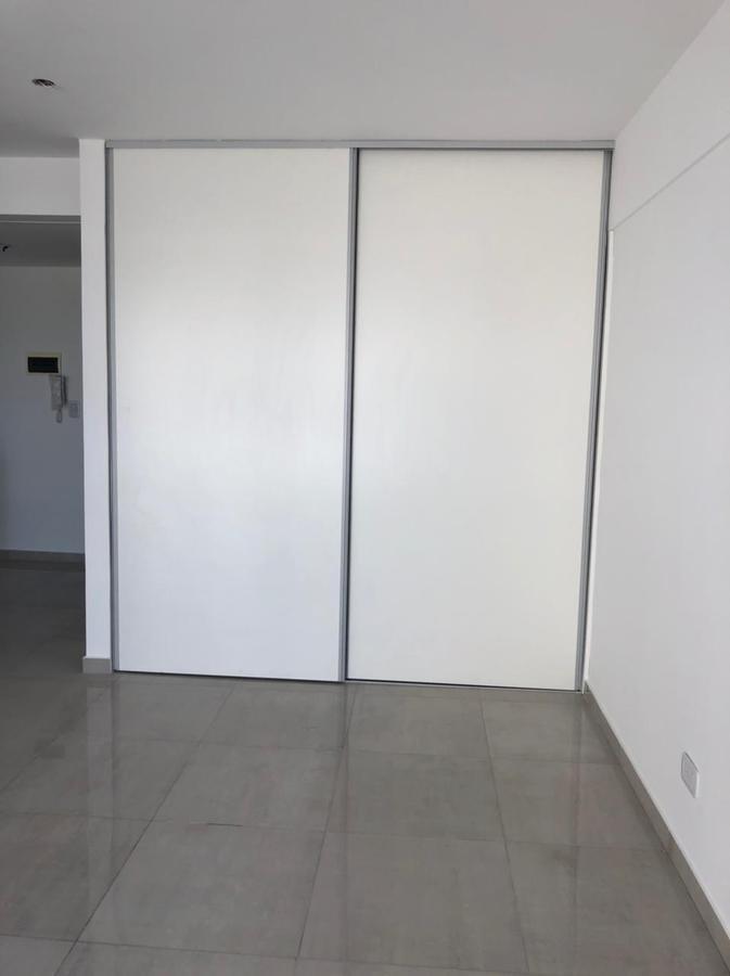 Foto Departamento en Venta en  Lanús Oeste,  Lanús  Velez Sarfield 2658/68