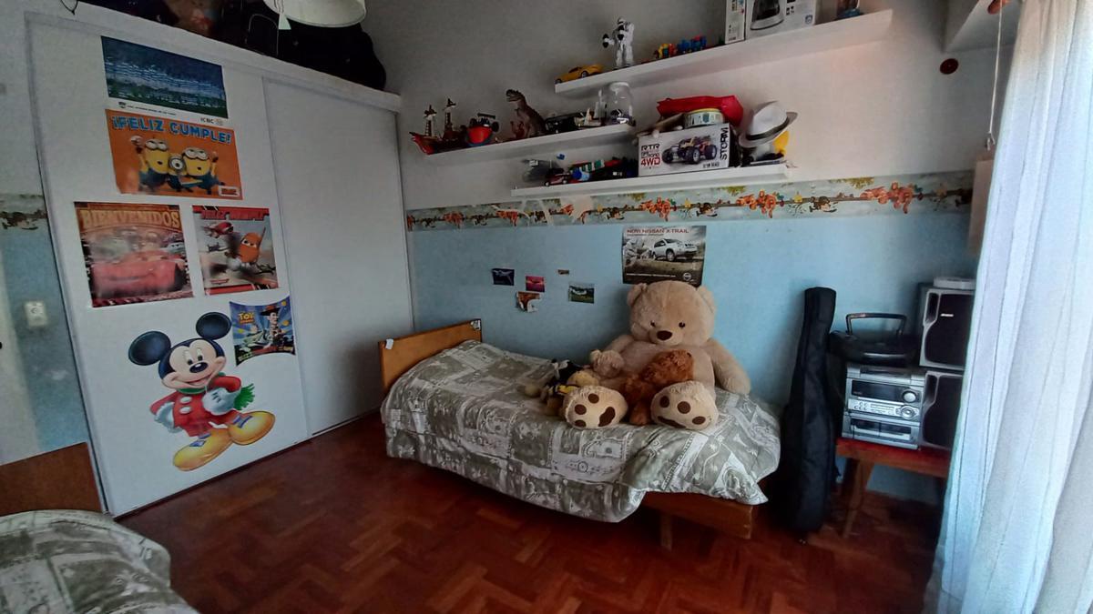 Foto Casa en Venta en  Castelar Sur,  Castelar  Luis Monteverde al 600