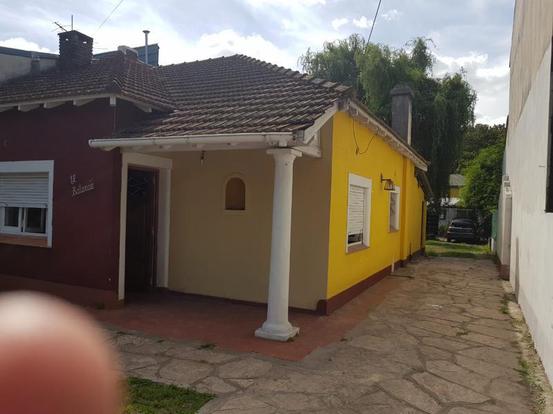 Foto Casa en Alquiler en  Villa Gobernador Udaondo,  Ituzaingo  Villa Gobernador Udaondo