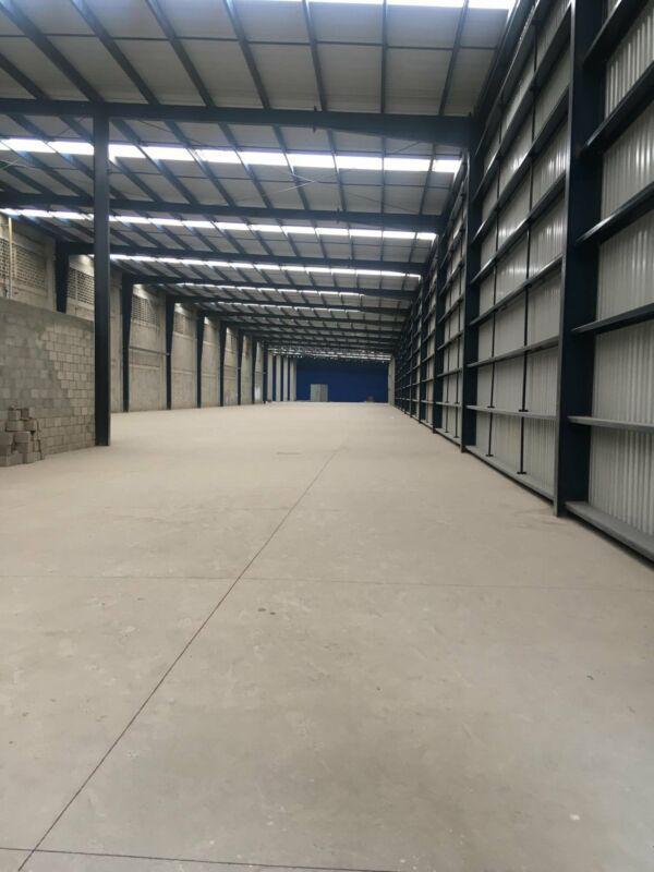 Foto Bodega Industrial en Renta en  Toluca ,  Edo. de México  BODEGA EN RENTA CERCA DE AEROPUERTO DE TOLUCA