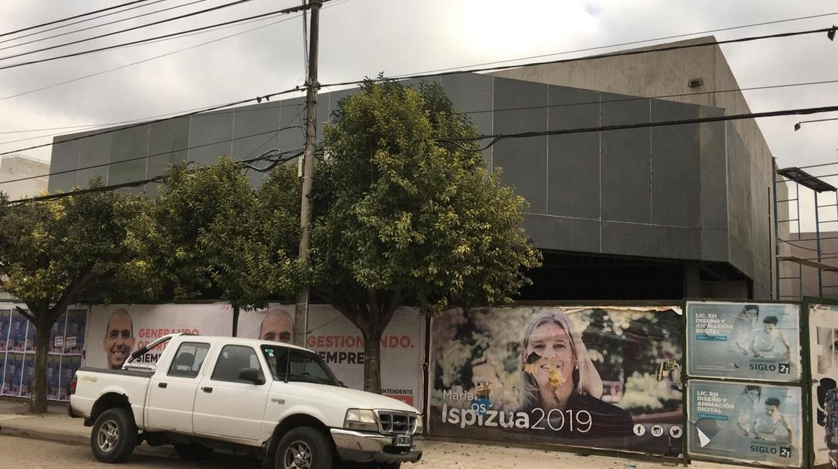 Foto Local en Alquiler en  Jesus Maria,  Colon  Castulo Peña  al 500