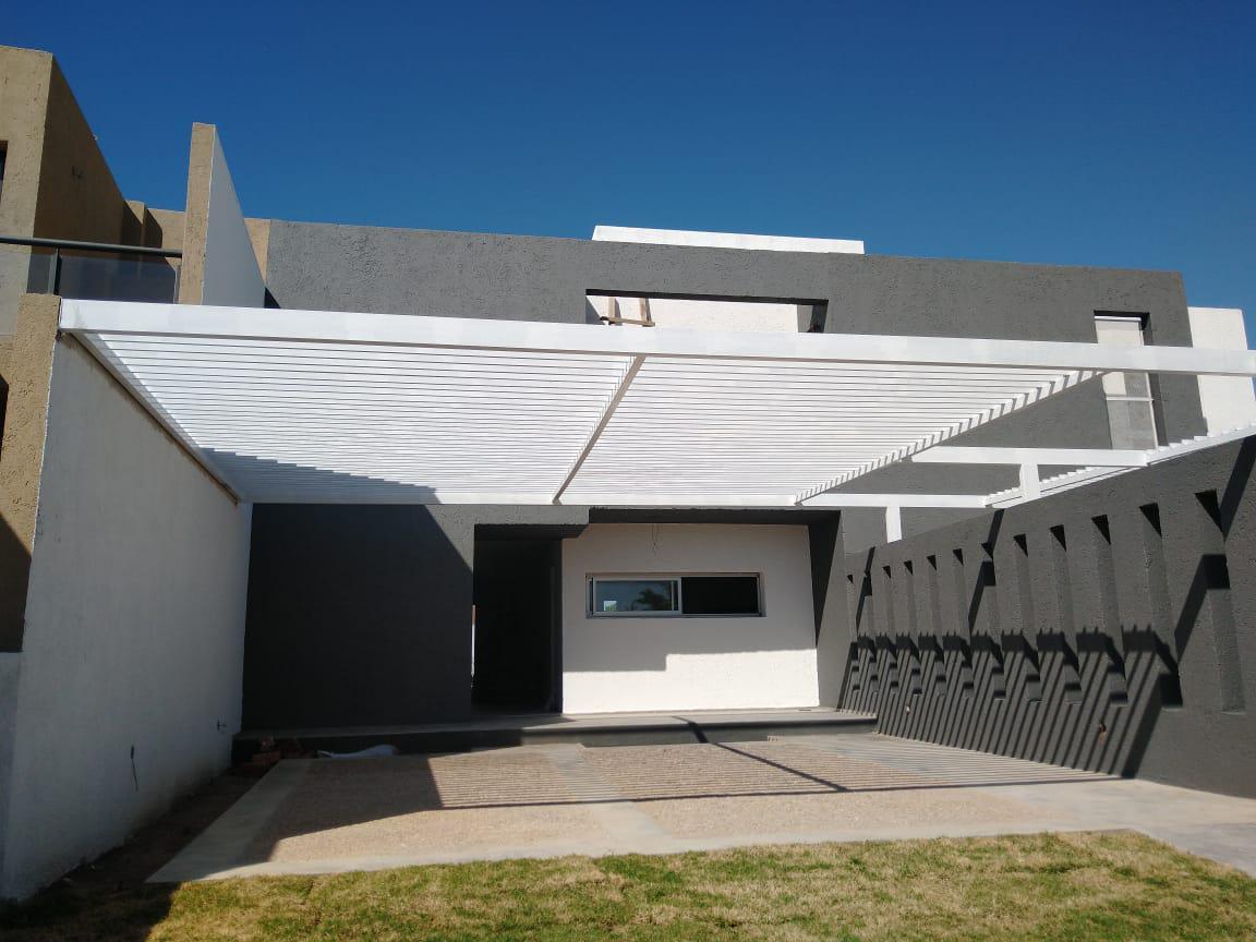 Foto Casa en Venta en  Riberas de Manantiales,  Cordoba Capital  Manantiales