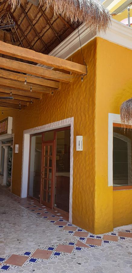 Foto Local en Renta en  Fraccionamiento Playacar Fase II,  Solidaridad  Plaza Playacar