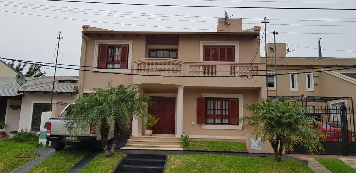 Foto Casa en Venta en  Concordia ,  Entre Rios  Salto Uruguayo N°817