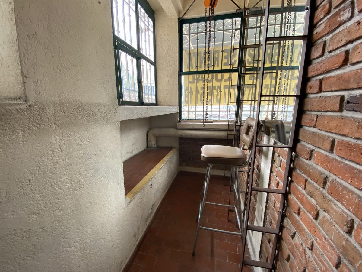 Foto Local en Renta en  Palmira Tinguindin,  Cuernavaca  Pequeño Local a pie de calle sobre av. Palmira