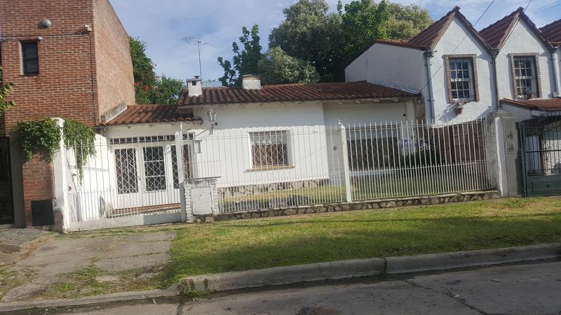 Foto Casa en Venta en  Llavallol,  Lomas De Zamora  SILVA 276, Entre J B Justo y Wright