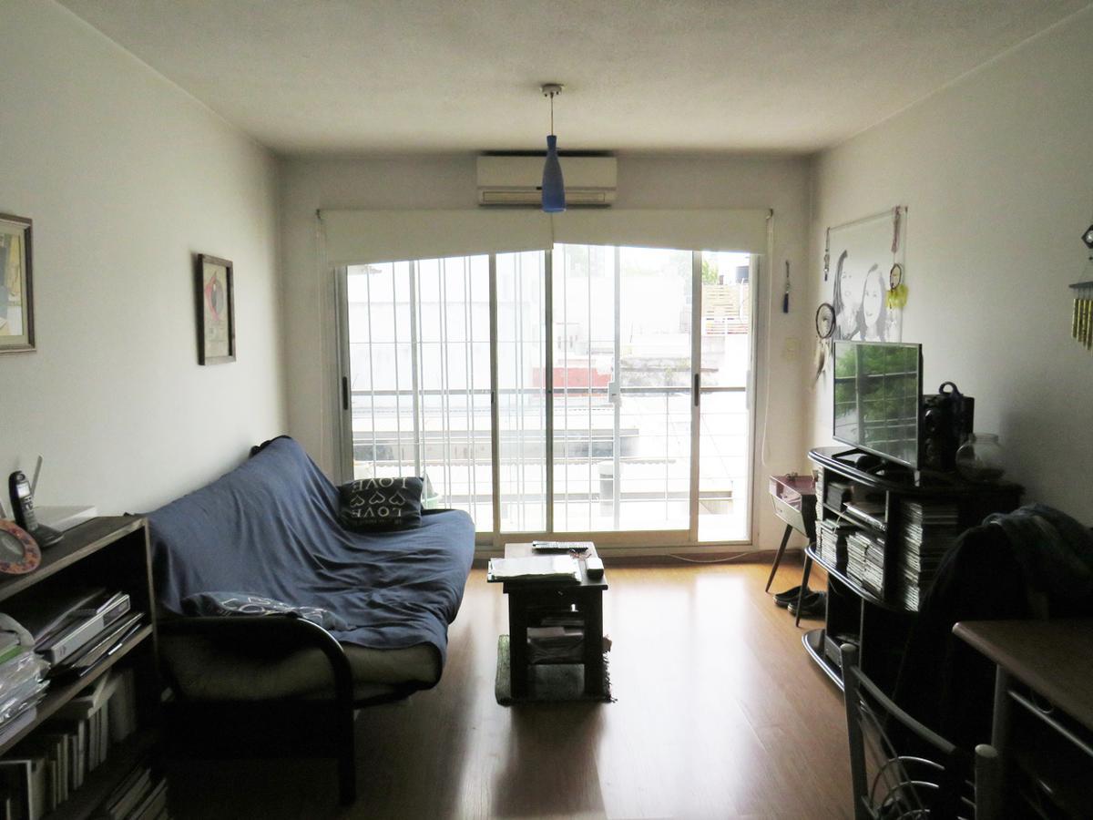 Foto Apartamento en Venta en  Tres Cruces ,  Montevideo  Eduardo Victor Haedo al 2300