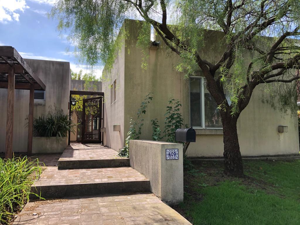 Foto Casa en Venta en  Santa Barbara,  Countries/B.Cerrado (Tigre)  Corredor Bancalari 3901