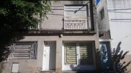 Foto Casa en Venta en  Rosario ,  Santa Fe  Pasaje zanni al al 600