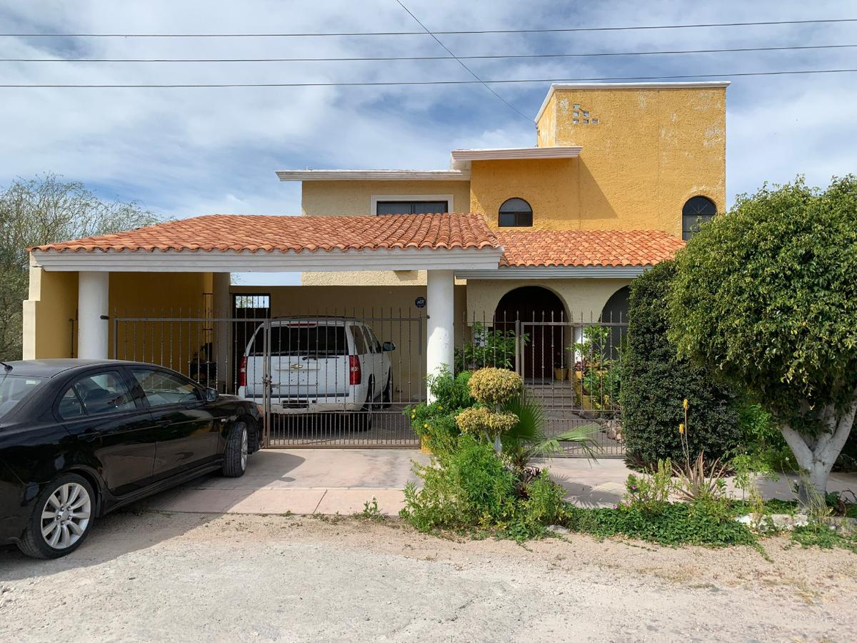 Foto Casa en Venta en  Lomas de Palmira,  La Paz  CASA LOMAS DE PALMIRA -- Calle Bahia de  Las Palmas, Fracc. Lomas De Palmira