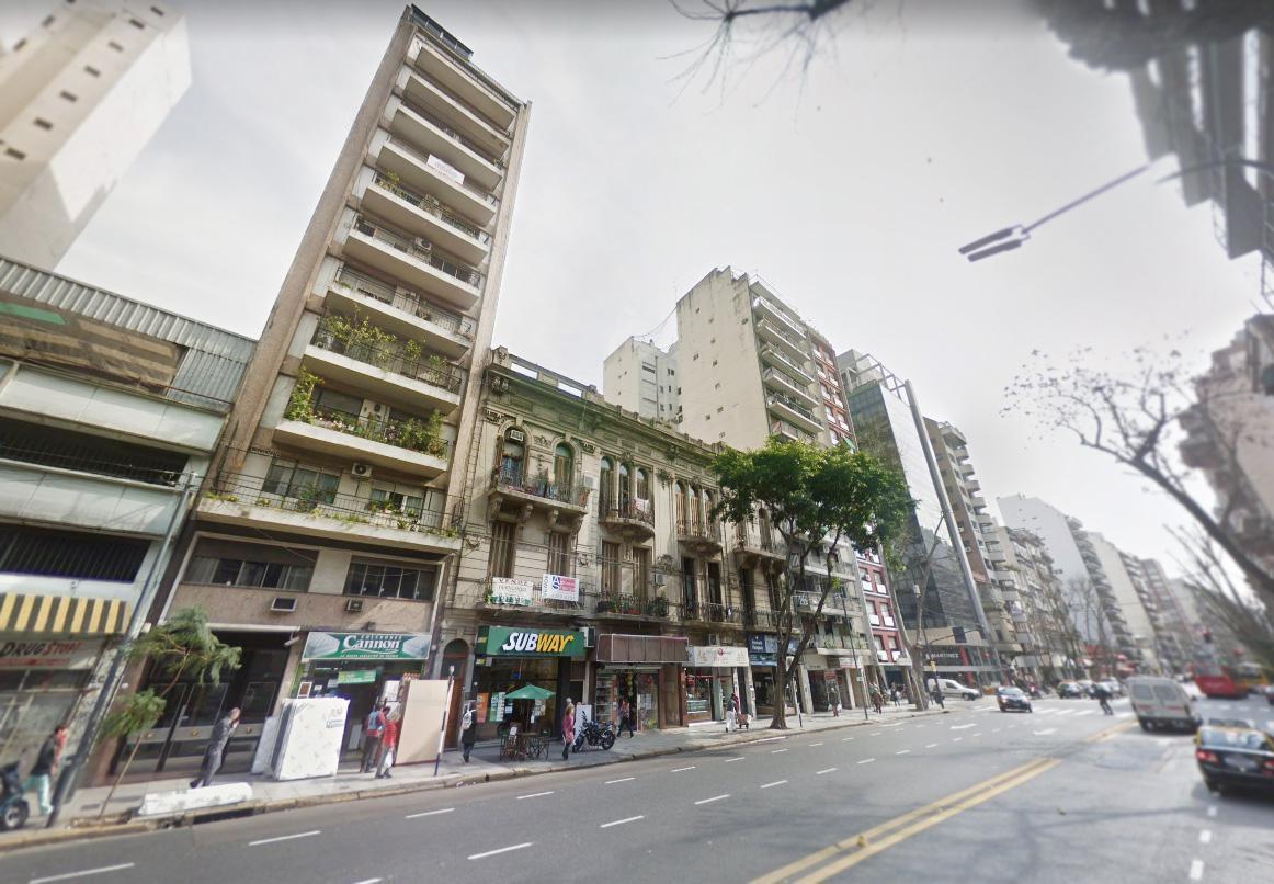 Foto Departamento en Venta en  Capital Federal ,  Capital Federal  Avenida Pueyrredon 1148