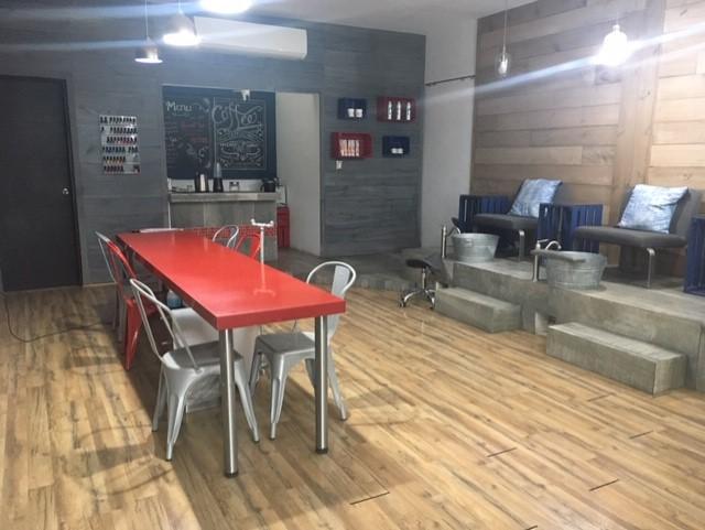 Foto Local en Renta en  Villas la Rioja,  Monterrey  La Alhambra