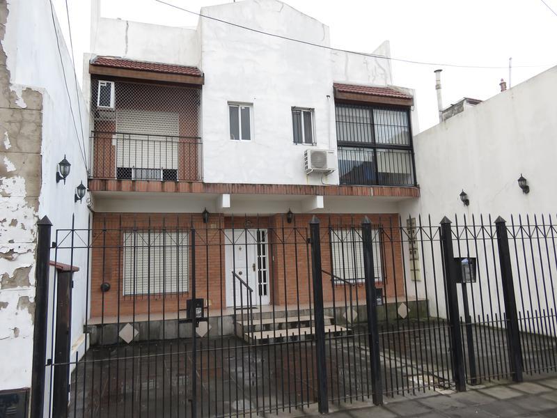 Foto Departamento en Alquiler en  Piñeyro,  Avellaneda  Peru al 1400