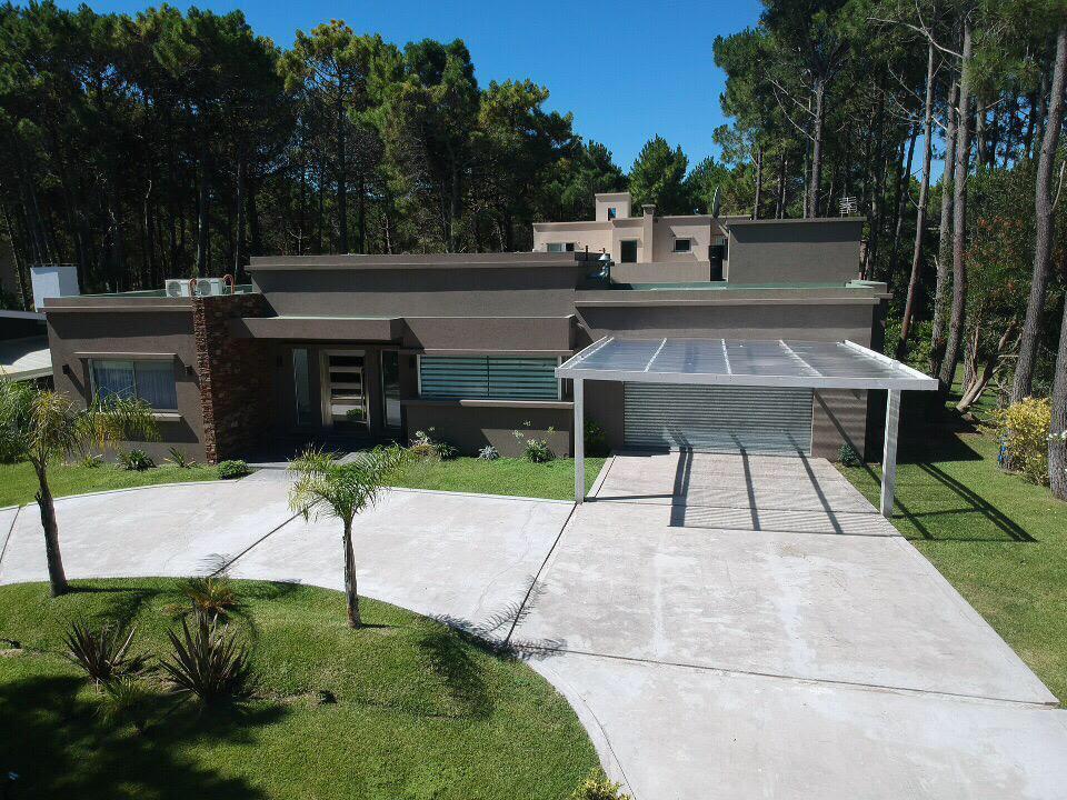 Foto Casa en Alquiler temporario en  Pinamar Chico,  Pinamar  Penelope y Troya