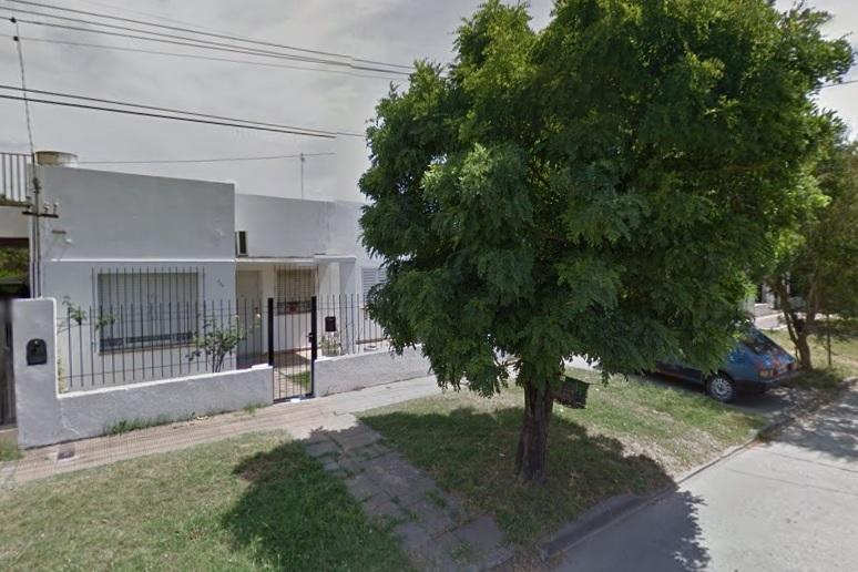 Foto Casa en Venta en  Coronel Brandsen,  Coronel Brandsen  Paso y Azcuenaga