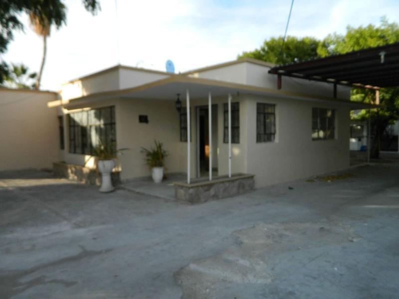 Foto Casa en Venta en  Zona Central,  La Paz  CASA EN COLONIA CENTRO CON 5 DEPARTAMENTOS