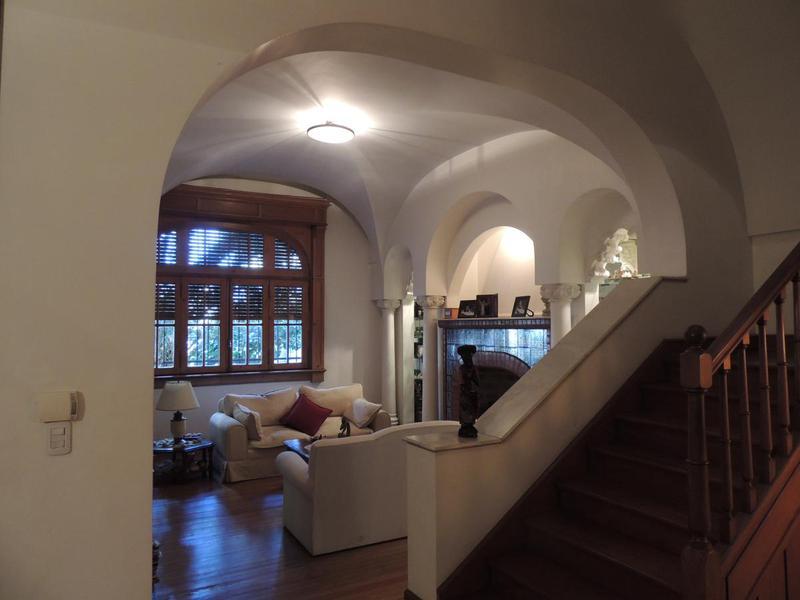 Foto Casa en Alquiler en  Pichincha,  Rosario  Oroño al 200