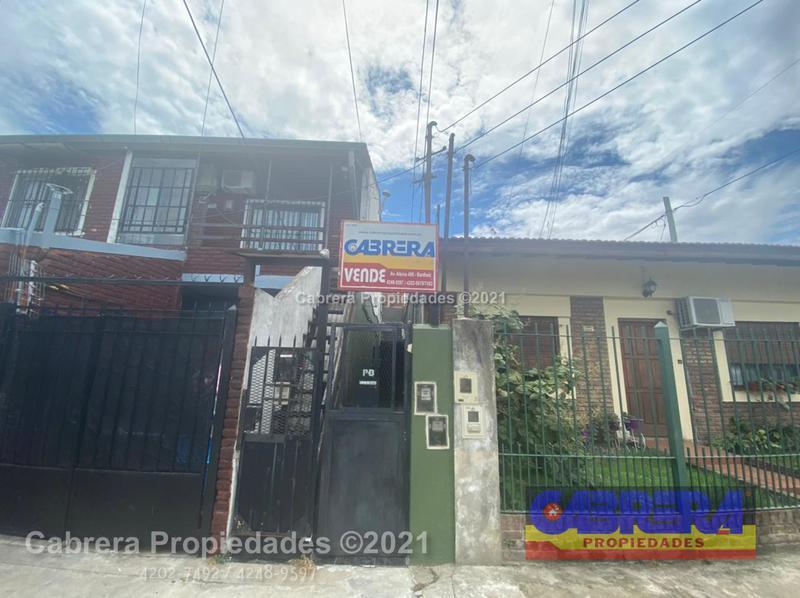 Foto PH en Venta en  Lomas De Zamora,  Lomas De Zamora  Larrea 2207 PB