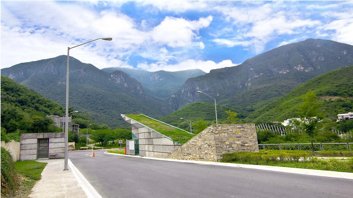 Foto Casa en Venta en  Sierra Alta 9o Sector,  Monterrey  SIERA ALTA CARRETERA NACIONAL MONTERREY N L