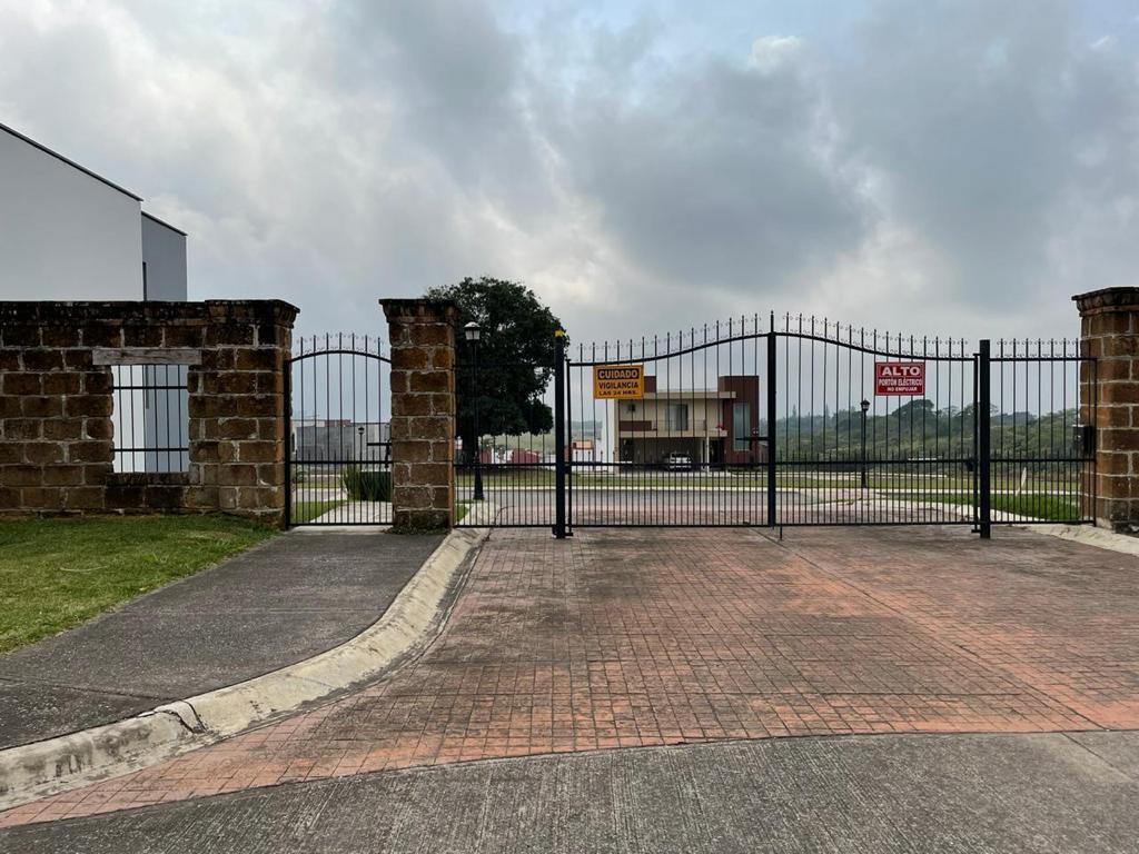 Foto Terreno en Venta en  Fraccionamiento Villa de las Flores,  Fortín  TERRENO EN VENTA RESIDENCIAL LAS VILLITAS DE FORTIN, FORTIN DE LAS FLORES VERACRUZ