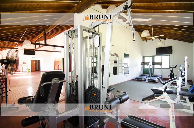 Foto Casa en Venta en  Club De Campo Las Perdices,  Countries/B.Cerrado (La Matanza)  Club de Campo Las Perdices 25
