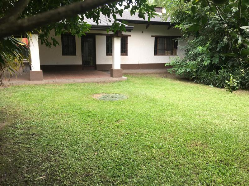 Foto Casa en Alquiler en  Yerba Buena ,  Tucumán  federico Rossi al 700