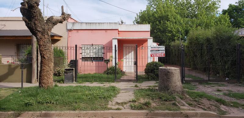Foto Casa en Venta en  Open Door,  Lujan  Ideal Inversor , dos casas en lote de 400 m2, Open Door