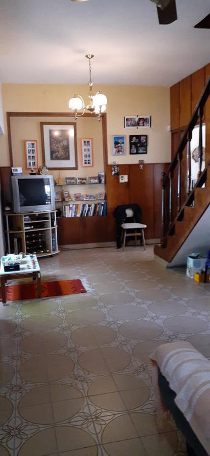Foto Casa en Venta en  Sarandi,  Avellaneda  Estrada al 3000