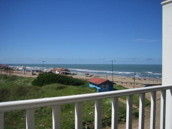 Foto Departamento en Alquiler temporario en  Pinamar ,  Costa Atlantica  Burriquetas al 1300