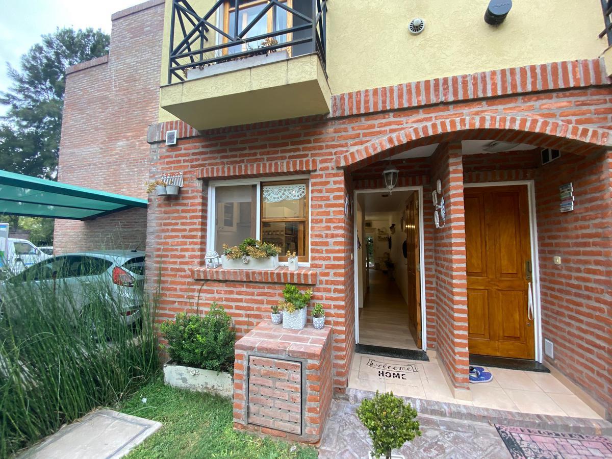 Foto PH en Venta en  San Miguel ,  G.B.A. Zona Norte  San Lorenzo al 2000