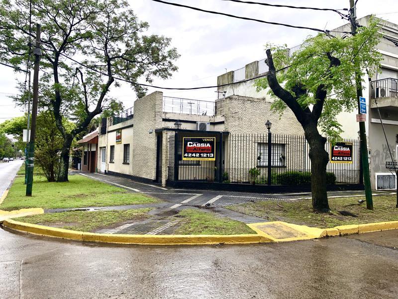 Foto Casa en Venta |  en  Banfield Oeste,  Banfield  LAS HERAS 901
