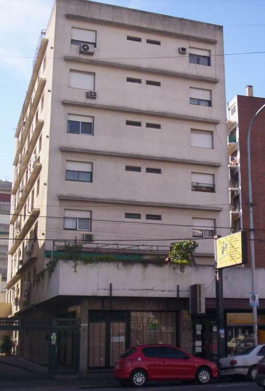 Foto Departamento en Alquiler en  Avellaneda ,  G.B.A. Zona Sur  Av. Belgrano 370, Piso 2º, Depto F