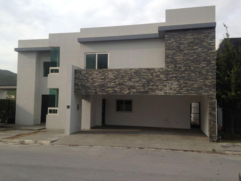 Foto Casa en Venta en  El Refugio,  Monterrey          Casa en Venta El Refugio Zona Carretera Nacional (COR)
