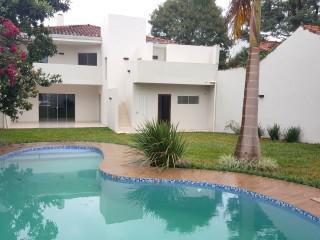 Foto Casa en Venta | Alquiler en  Virgen del Huerto,  San Roque  Zona barrio Jara