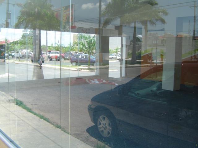 Foto Local en Renta en  Solidaridad ,  Quintana Roo  LOCAL COMERCIAL U OFICINA EN RENTA JUNTO A GRAN PLAZA (estacionamiento)